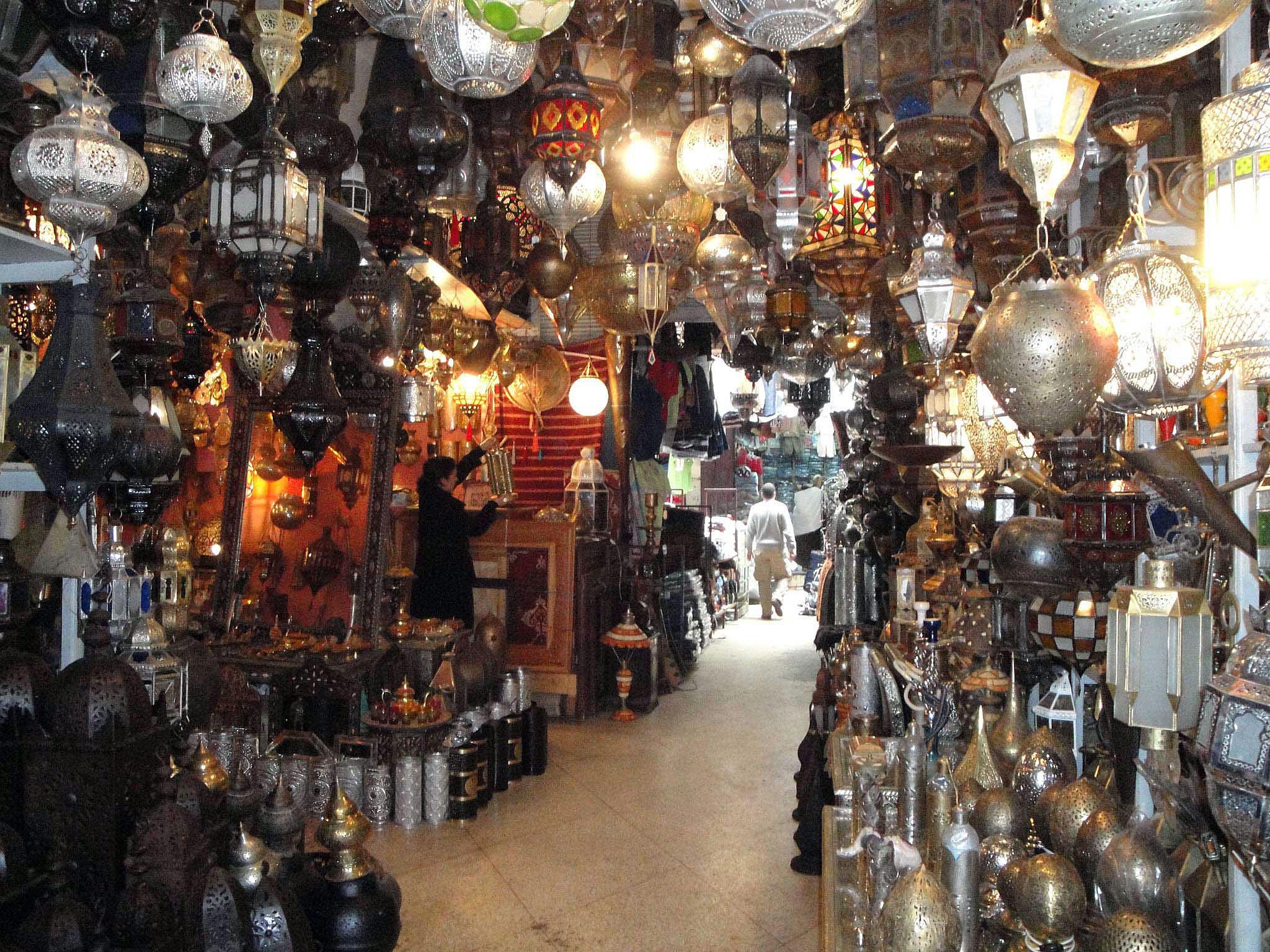 Lamp shop 2.jpg